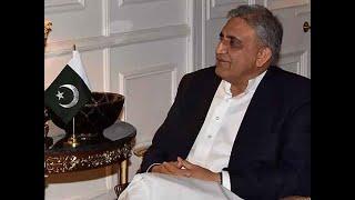 Pakistan President calls for 'social media war' against India