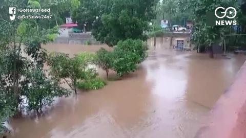 बाढ़ के कारण देश भर में अब तक 400 लोगों की मौत