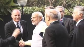 PM Modi, President Hollande meet Indian, French CEOs | PMO