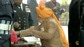 PM Modi lays wreath at Amar Jawan Jyoti | PMO