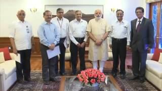 Prime Minister Narendra Modi meets scientists from LIGO at Washington | PMO