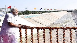 PM Modi at the launch of Pumping Station in Kutch Canal in Bhachau, Gujarat | PMO