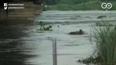 यमुना नदी खतरे के निशान से 1 मीटर ऊपर बह रही है, दिल्ली में बाढ़ का खतरा और भी ज्यादा बढ़ गया है
