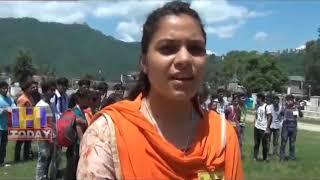 22 AUG N 11 Vidyarthi Parishad workers also staged a sit-in at Ballabh College Mandi