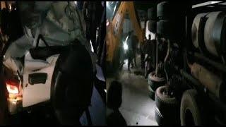 10 tyre Ke Lorry Ka Bolero Car Se Hua Accident At Hayathnagar peddaamberpet Ke highway per/SACH NEWS