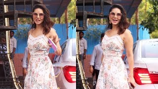 Sunny Leone Spotted At Play School Fusion Juhu - Watch Video