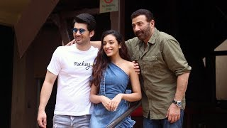 Sunny Deol With His Son Karan Deol & Sahher Bambba Spotted Promoting Their Film Pal Pal Dil Ke Paas