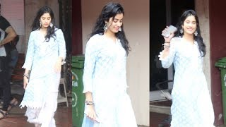 Beautiful Jhanvi Kapoor Spotted At Pilates Gym Khar