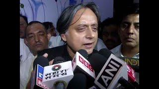 Shashi Tharoor warns Congress against vote bank politics