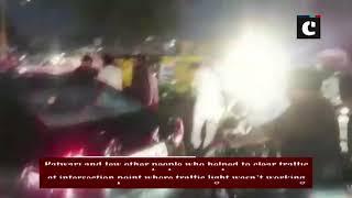 MP minister Jitu Patwari manages traffic after he got stuck in jam in Indore