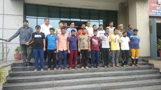 Delhi police bust online cheating gang... ऑनलाइन चीटिंग करने वाले एक दर्जन चोरों का गैंग पकड़ा ।