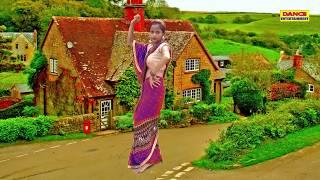 गाँव की भाभी ने लगाय जमके ठुमके || आरती यादव लोकगीत || New Dance 2019