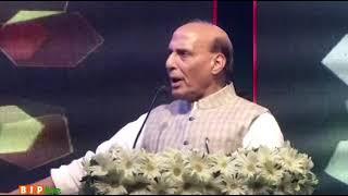 पाकिस्तान में अल्पसंख्यक समुदायों के साथ क्या हो रहा है, यह बात आज दुनिया से छिपी नहीं: रक्षामंत्री