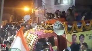 Congress General Secretary Priyanka Gandhi holds a road show at Sultanpur     अब हग NYAY   PriyankaG