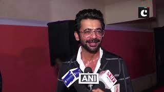 Manoj Bajpayee, Sunil Grover attend 'Khidkiyaan Theatre Festival'