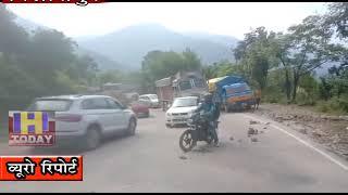 5 OCT N 8 B 2 Three vehicles collide near National Highway Chandigarh Manali 205 Jamali