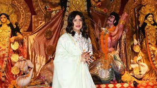 Priyanka Chopra At North Bombay Sarbojanin Durga Puja Pandal To Seek The Blessings Of Maa