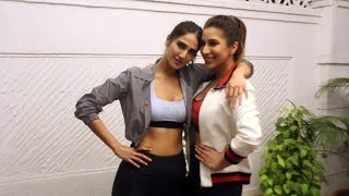 Vaani Kapoor Spotted With Sophie Choudry For The Shoot Of Her Voot's New Show Work It Up