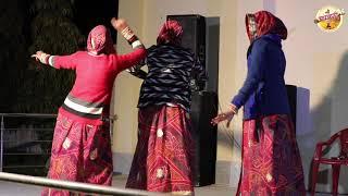 शादी में औरतों का तूफानी डांस