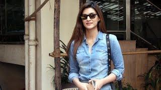 Beautiful Kriti Sanon Spotted At Kwan Office Andheri - Watch Video