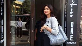 Shilpa Shetty Spotted At Bastian Restaurant Bandra