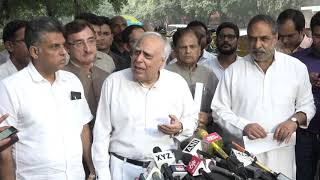 Kapil Sibal addresses media after a party delegation met Chief Election Commissioner