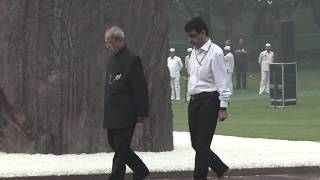 Former President Pranab Mukherjee pay tributes to Smt. Indira Gandhi on her martyrdom day