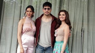 Marjaavaan Team Spotted At JW Marriott | Tara Sutaria, Sidharth Malhotra, Rakul Preet Singh