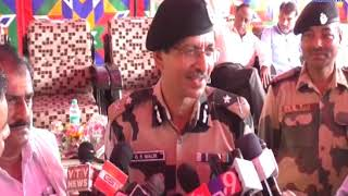 Kutch  Distribution of Rs. 1 lakh equipment to BSF personnel   ABTAK MEDIA