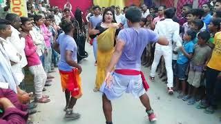 समर सिंह के गाने पर जबरदस्त हंगामा मचा देने वाला फारूवाही डांस - Samar Singh Superhit Song
