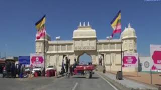 Kutch | Tourists enjoying the world famous Kutch festival | ABTAK MEDIA