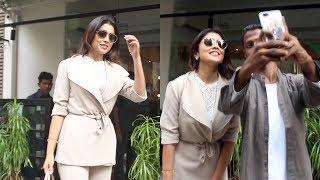 South Actress Shriya Saran Spotted Farmers Cafe At Bandra