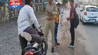 અંબાજી ખાતે ટ્રાફિક પોલીસ દ્વારા ચેકીંગ હાથ ધરાયું