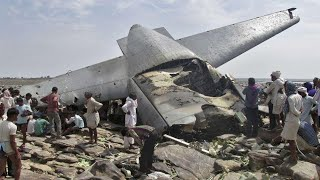 Congo Plane Crash // कांगो में आवासीय इलाके में क्रैश हुआ प्लेन, 30 लोगों की मौत