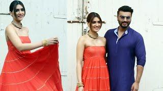 Panipat Promotion - Arjun Kapoor And Kriti Sanon Spotted At Mehboob Studios