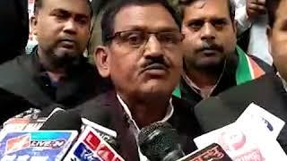 कांग्रेसियों ने प्रदेश सरकार के ख़िलाफ़ किया प्रदर्शन