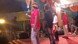 Dekhiye es chhote Bache ka khatrnak dance