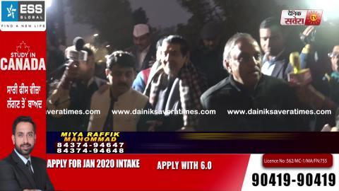 Exclusive: Priyanka Gandhi के धरने में दिखे Jagdish Tytler, Dainik Savera के सवालों का नहीं दिया जवाब