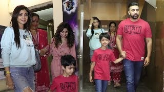 Shilpa Shetty With Her Sis Shamita shetty And Other Family Members AT PVR Juhu