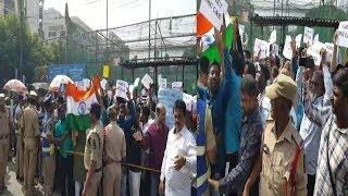 Hyderabad Mein Protest Jaari NRC Aur CAA Ke Khilaaf | Hyderabd Ki Awaam Sadko Par | @ SACH NEWS |