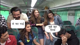 Akshay,Bobyl,Ritesh,Kriti,Pooja,Chunky Promote Housefull 4 In Special Train | News Remind