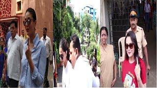 Anushka ,Kareena,Deepika & More Celebs Cast Vote In Mumbai    News Remind