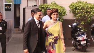 Akshay Kumar saying something to Ayushmann Khurrana's wife Tahira Kashyap | Akshay Funny Moments