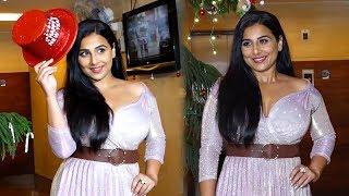 Vidya Balan Birthday & New Year Celebration With Family Members And Fans