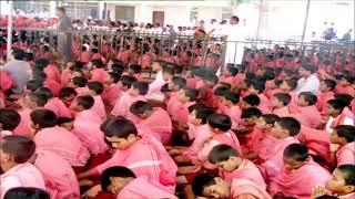 PM Shri Narendra Modi offers prayers at Sree Siddaganga Mutt in Karnataka