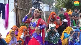 शहर की लड़की ने गांव की महिलाओं के सामने किया डांस || अंगूठी देगोरे फौजी छोरा प्यार की Ajeet katara