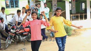शहर की लड़कियों ने किया गाँव वालों के सामने जोरदार डांस | जम्मू कु ले चल मेरे फौजी रसिया || New Dance
