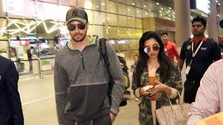 Kiara And Siddharth Spotted At Airport Arrival Early Morning