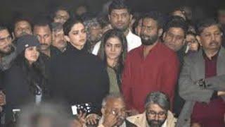 JNU जेएनयू जाकर फस गई हैं Deepika Padukone