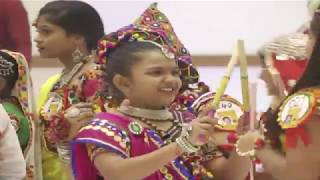 Cute young girls dandiya dance | GARBA DANCE | Cute Girl Dancing | social media live